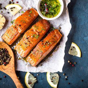 סלמון בתנור ברוטב צ׳ילי מתוק